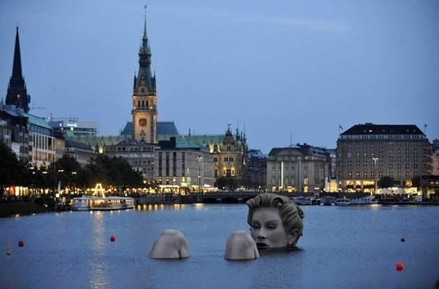 "Image for ""10 weird sculptures from all over the world"""
